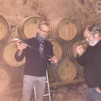 Henri Caillez with Laurent Vanpoperinghe tasting vins clairs 2017